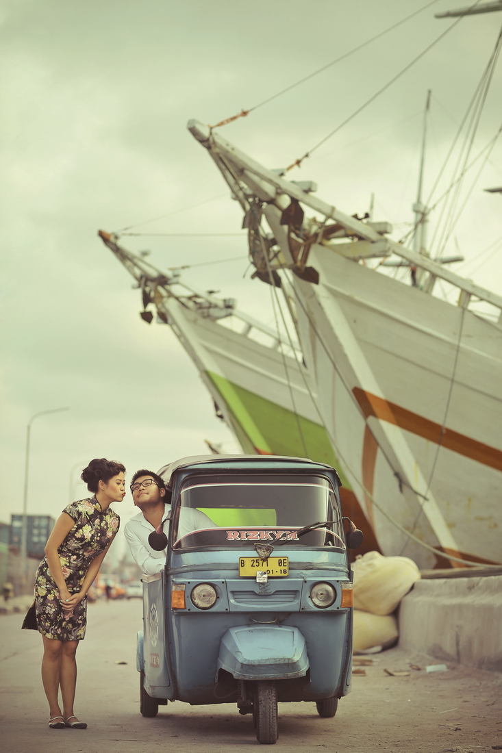 2 portfolio prewedding colorful photocinema (4)